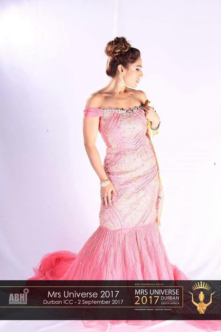 Neha Banerjee (4)